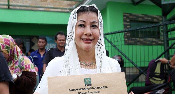 Temui Ahok di Rumah Lembang, Wanita Emas Beri Pernyataan Mengejutkan - JPNN.com