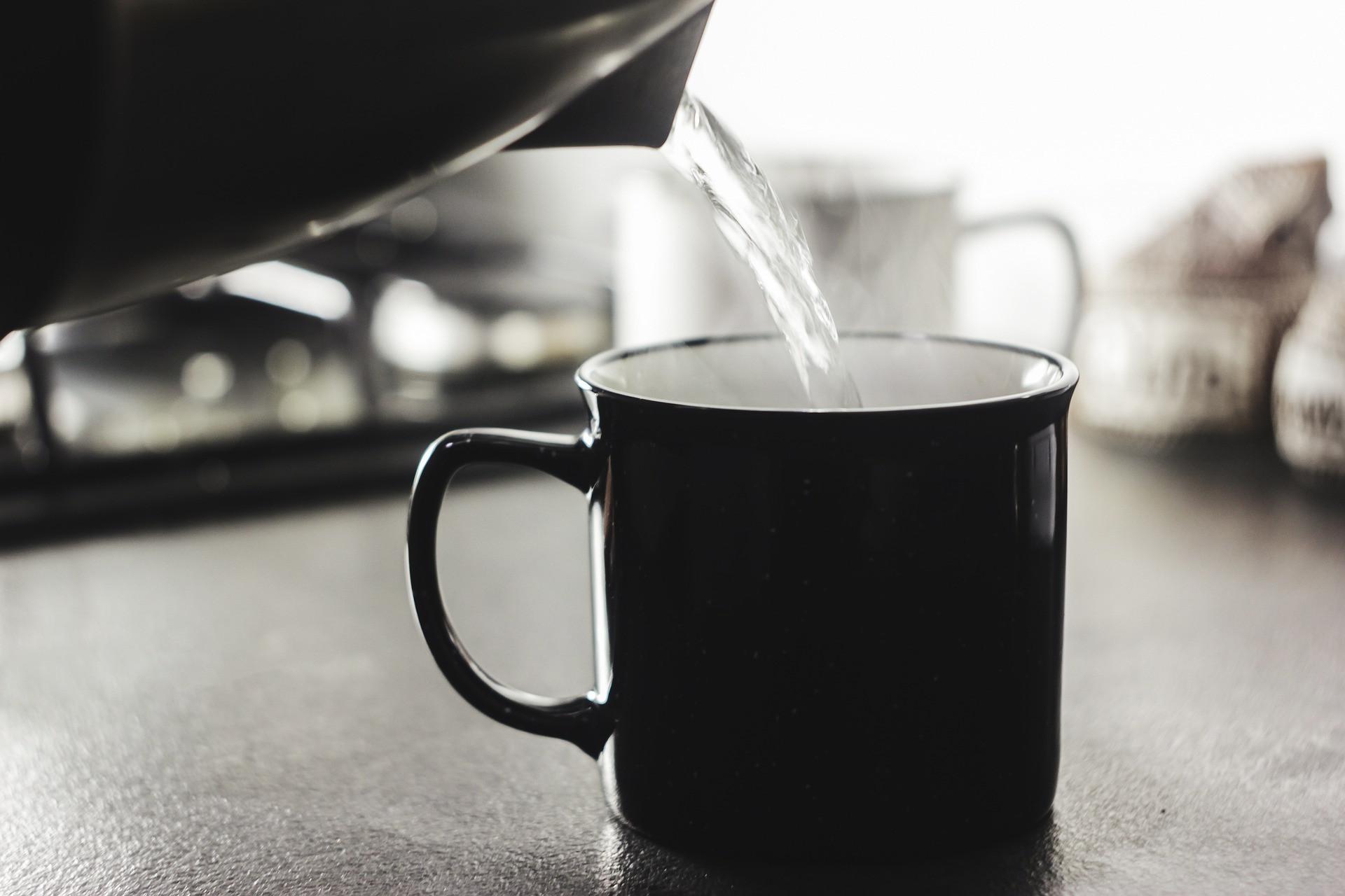 Jangan Ragu Minum Air Putih Lebih Banyak Setiap Hari, Ini 3 Manfaat Dahsyatnya