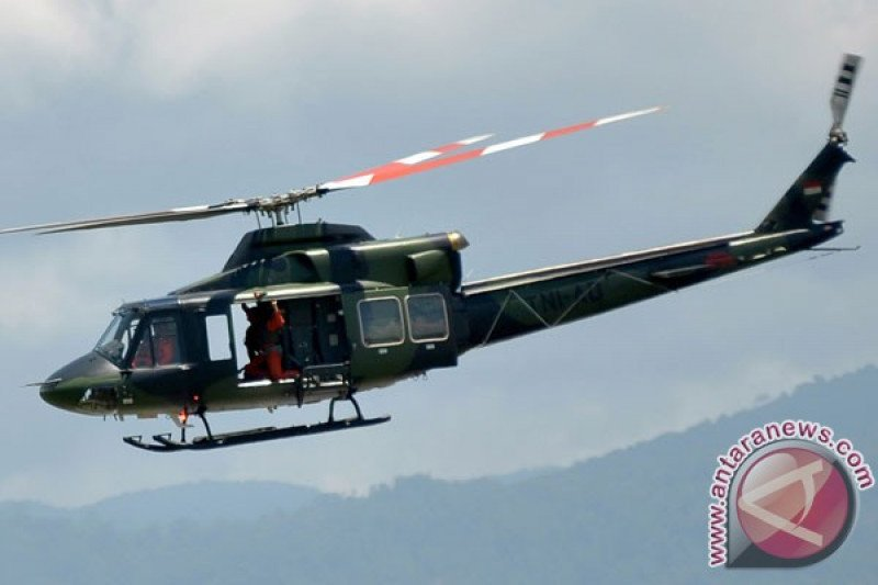 Jenazah Nakes Korban Kekerasan KKB Dievakuasi dengan Helikopter Penerbad