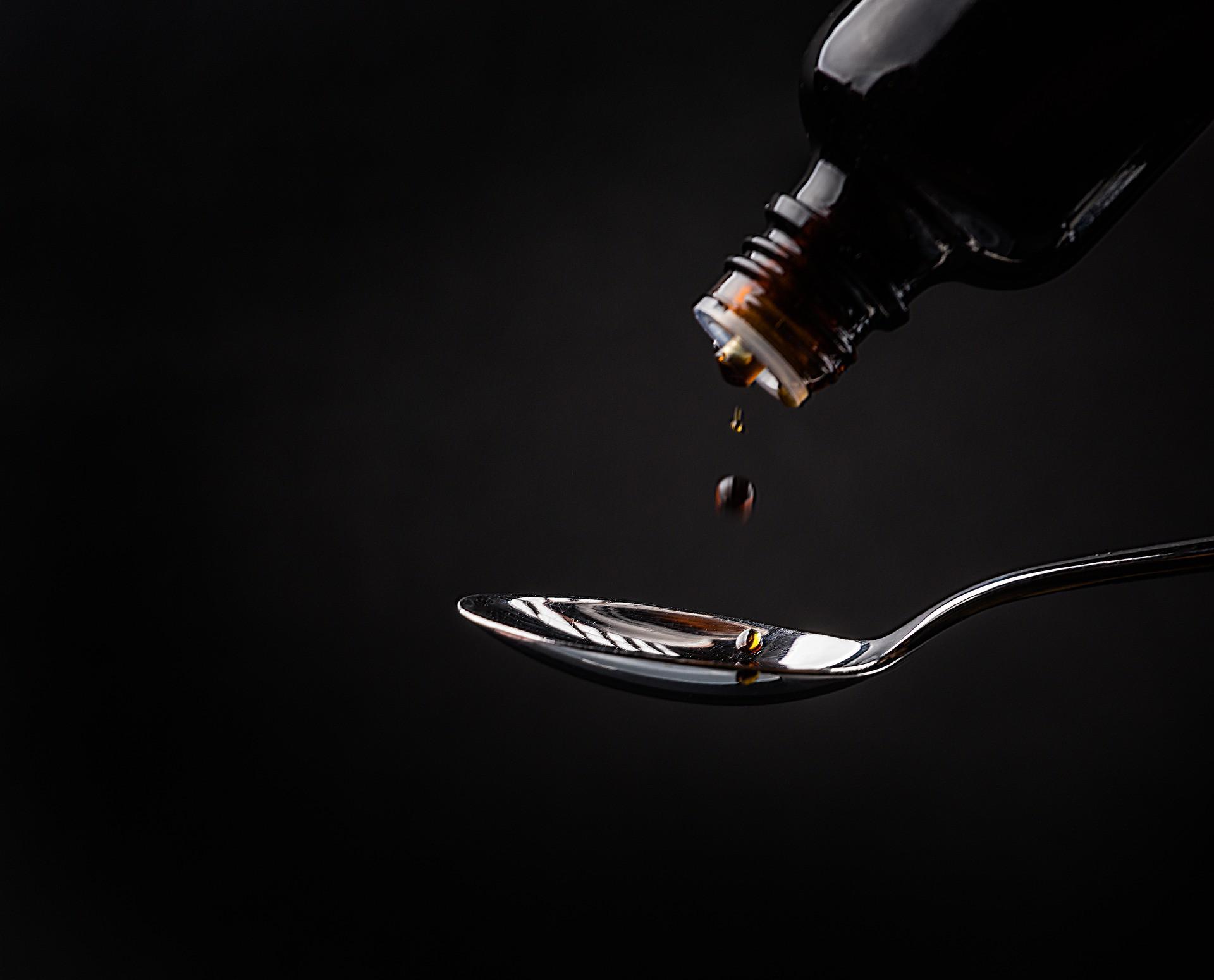 3 Obat Batuk yang Aman Anda Konsumsi dan Dijual Bebas di Apotek