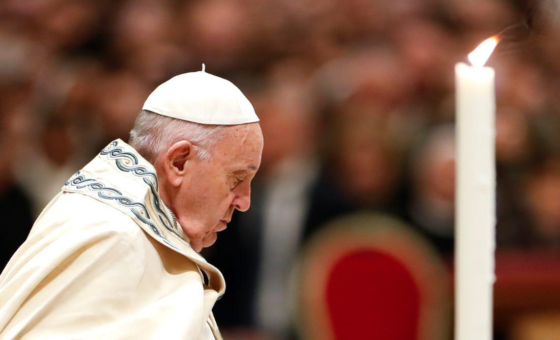 Paus Fransiskus Berhadapan Langsung dengan Lawan Politiknya di Hongaria