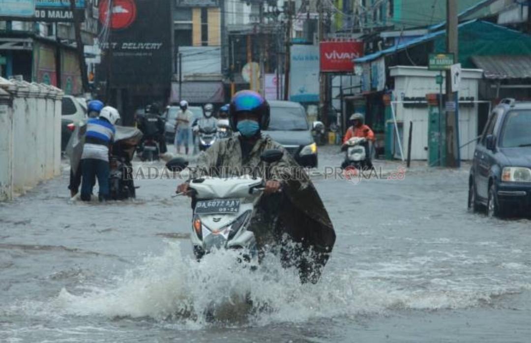 Banjir Besar di Kalsel, Walhi Singgung Degradasi Ekologis