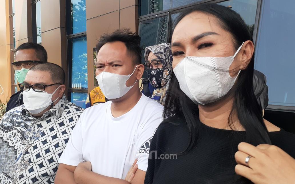 Hamil Anak Vicky Prasetyo, Kalina Ocktaranny Bilang Begini - JPNN.com