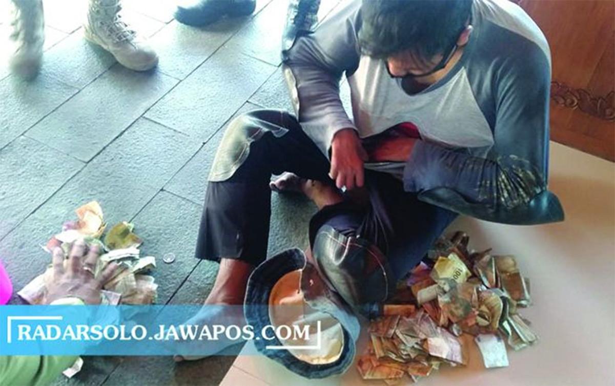 Alim Pura-Pura Lumpuh, Pemasukan Sehari Bisa Rp 500 Ribu - JPNN.com