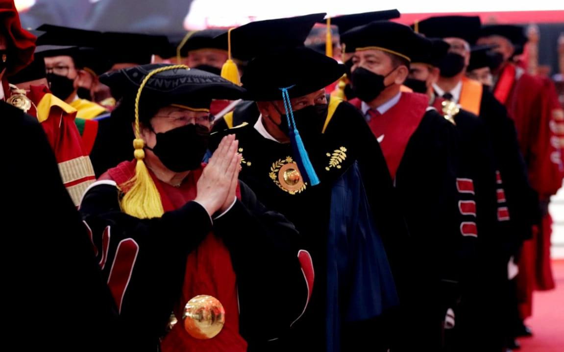 Respons Dua Rektor di Aceh soal Gelar Profesor Kehormatan Megawati, Merdeka! - JPNN.com