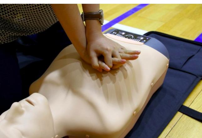 Pelajari Baik-Baik, Ini Cara Melakukan CPR, Bantu Menyelamatkan Orang yang Henti Jantung dari Kematian