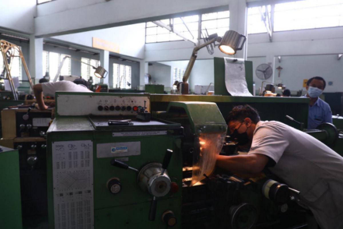 BBPLK Bandung Kirimkan Instruktur Bidang Manufaktur ke ATMI IGI CENTER