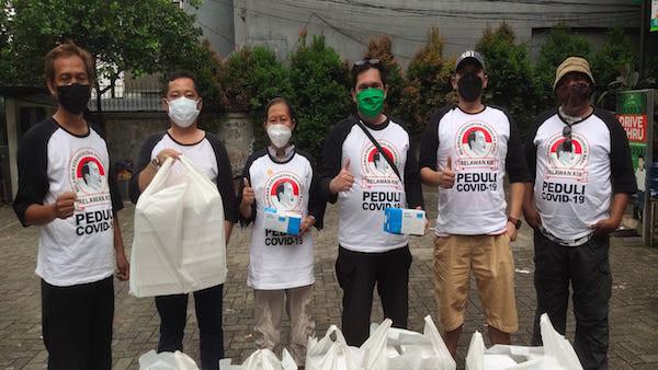 Relawan KIB Jokowi: Percepatan Vaksinasi dan Pemberian Sembako untuk Rakyat Bukti Negara Hadir - JPNN.com