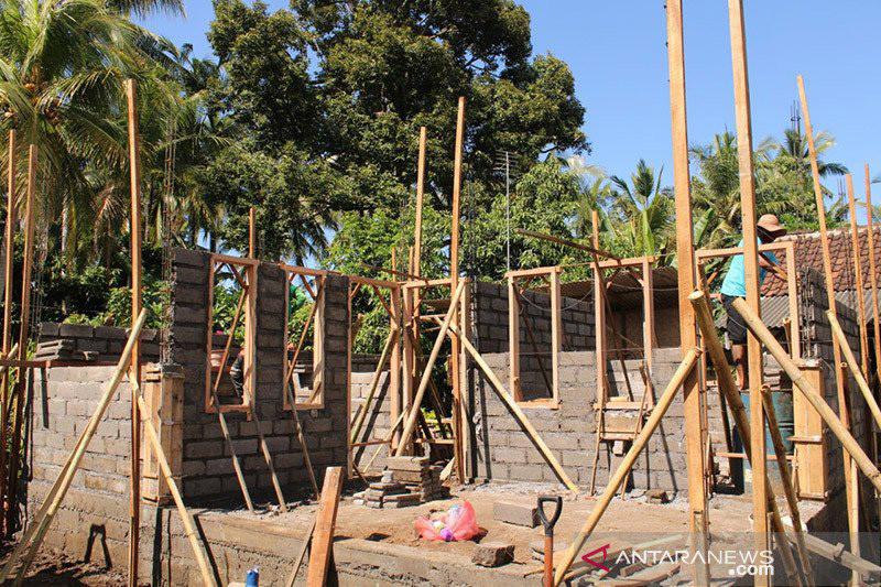 7 Kabupaten di Bali Digelontor Rp10 Miliar Bedah 500 Unit Rumah Jadi Layak Huni - JPNN.com Bali