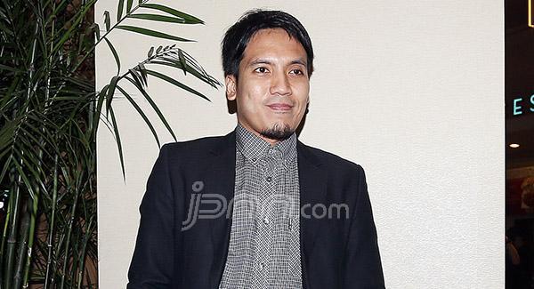 Sindir Artis Pamer Hewan Kurban, Desta: Renungan Si Julid - JPNN.com