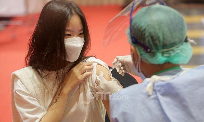 HIPMI Bakal Gelar Vaksinasi Massal Untuk 10 Ribu Warga Pelabuhan Gresik - JPNN.com Jatim