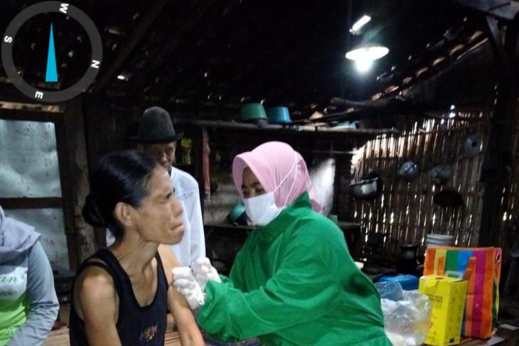 Penyandang Disabilitas di Banyuwangi Sudah Tervaksinasi Seluruhnya - JPNN.com Jatim