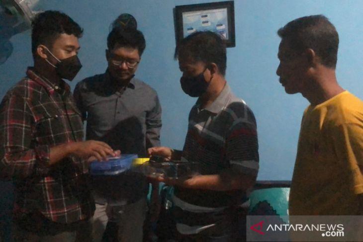 IT Telkom Kenalkan Teknologi Pendeteksi Ikan Kepada Nelayan di Surabaya - JPNN.com Jatim