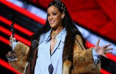 Rihanna Jadi Penyanyi Wanita Terkaya di Dunia, Berapa Kekayaannya? - JPNN.com